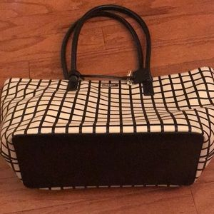 kate spade Bags - HP! 🎉♠️Kate Spade checkered Saffiano leather tote